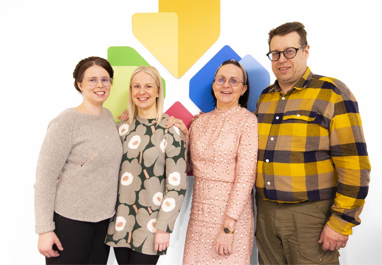 Ryhmäkuva Lapin Uudiskodit Rovaniemi